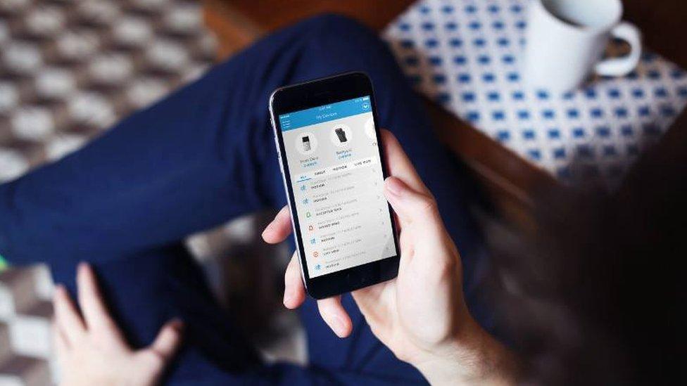 El sistema funciona a través de una aplicación en el teléfono móvil. (Foto: Ring/Facebook).