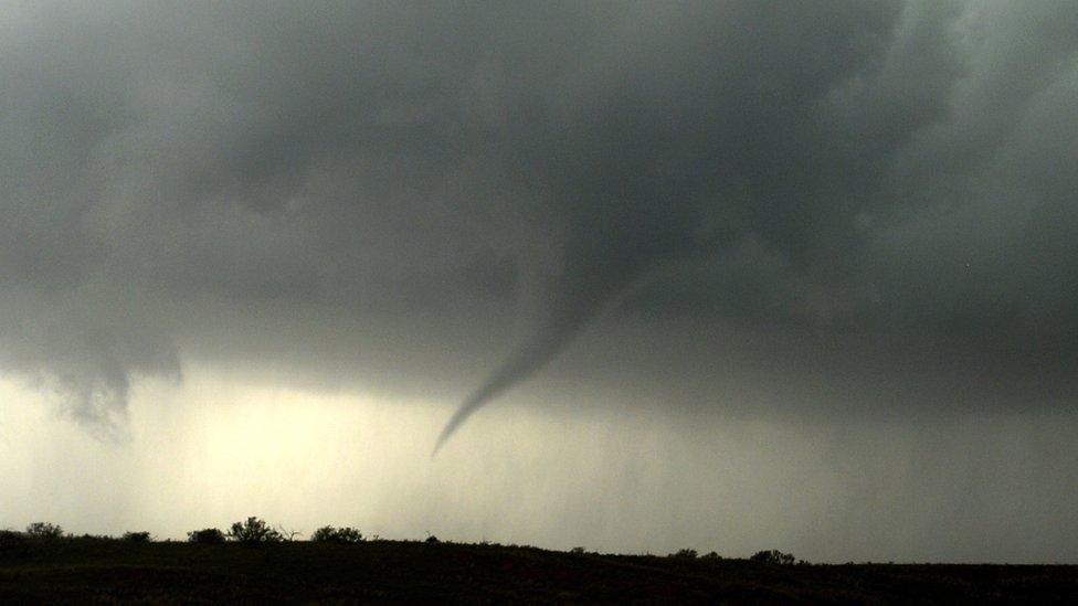 Los tornados tienen una duración corta: pueden demorarse segundos o poco más de una hora.
