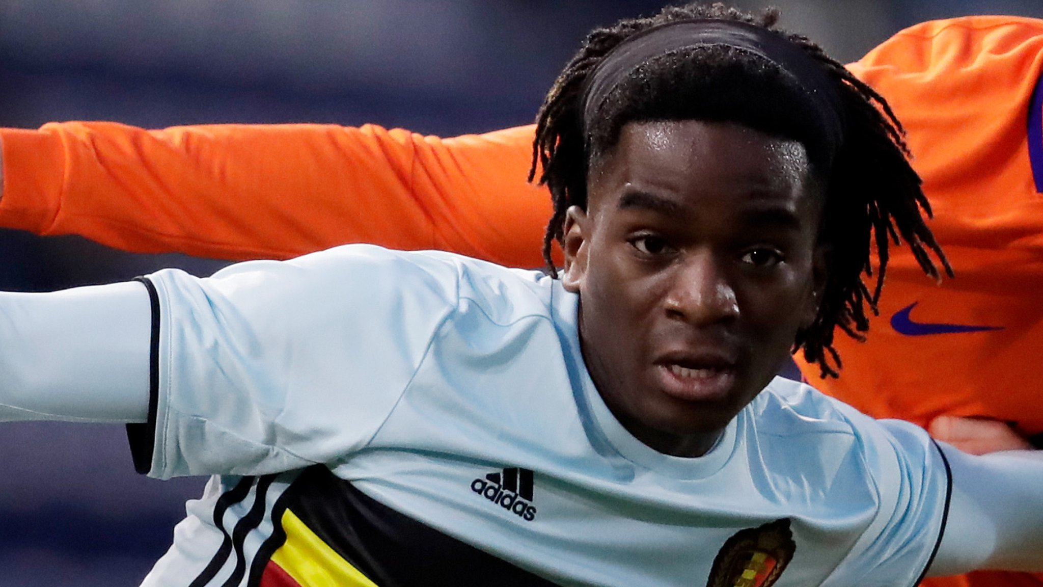 Stephane Omeonga: Hibs close to deal for Genoa midfielder as Lennon eyes 'three or four'