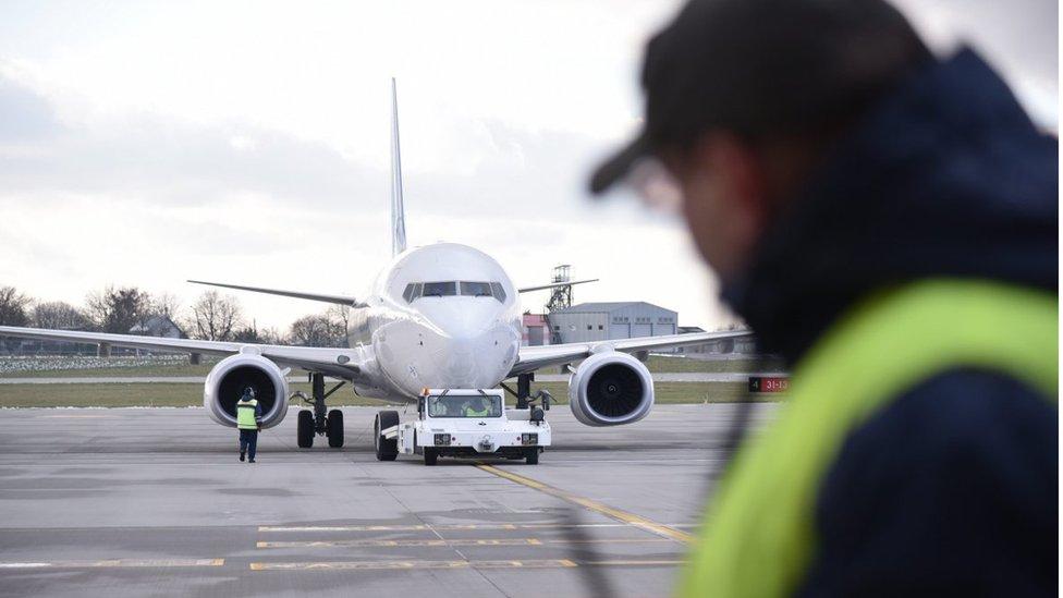 У квітні в Україні з'явиться власний лоукостер з чотирма літаками