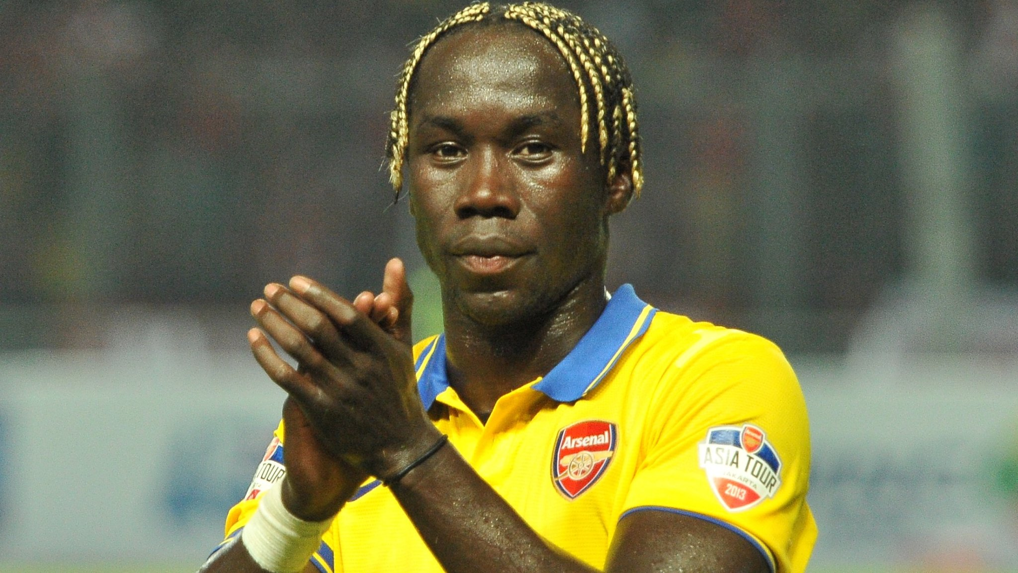 Bacary Sagna: Former Man City and Arsenal defender joins Benevento in Italy
