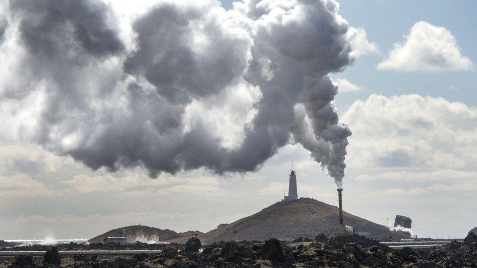 أيسلندا تستخدم مصادر طاقة متجددة 100 في المئة