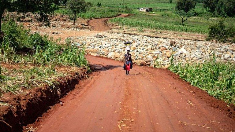 Cyclone Idai: More bodies under floodwater - UN