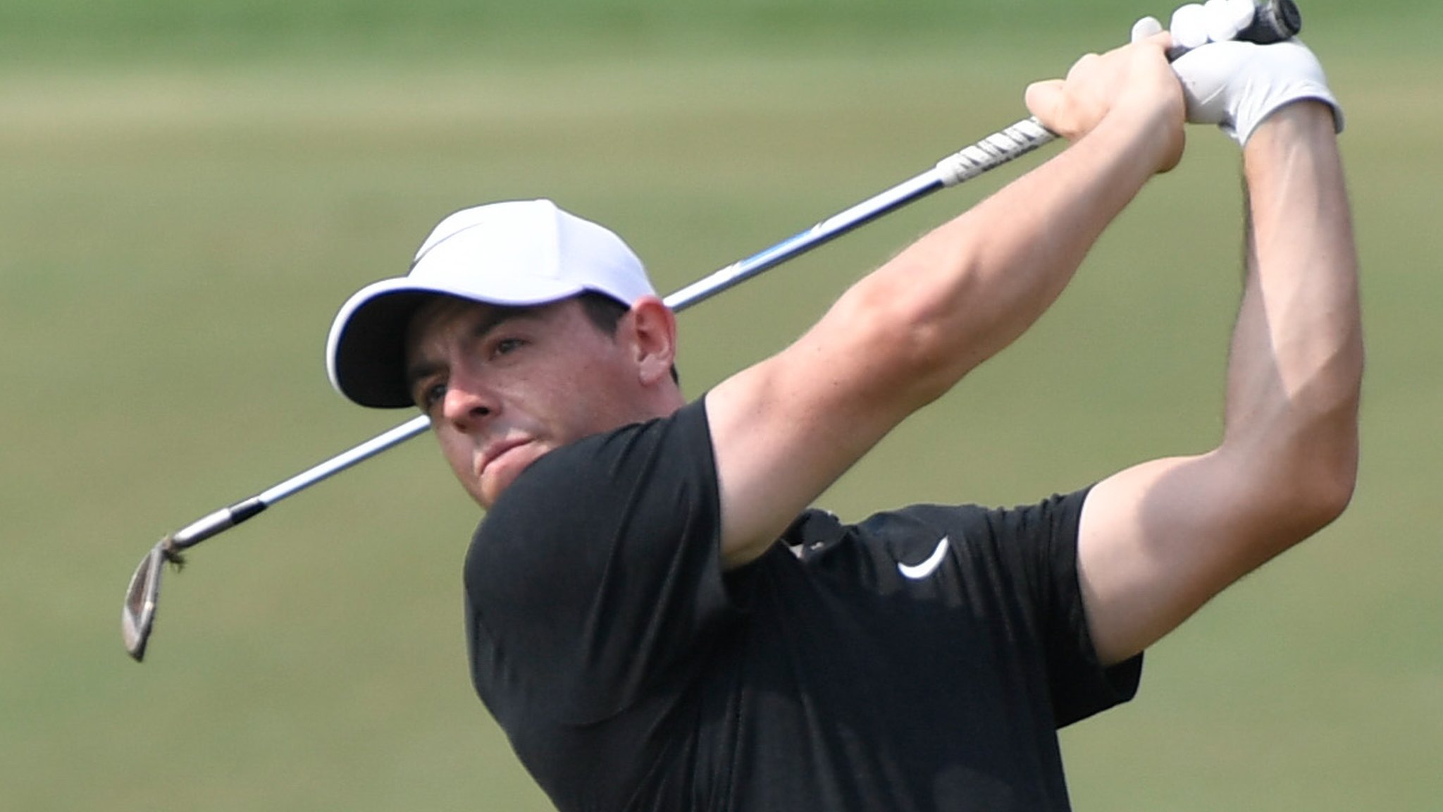 McIlroy 'taken aback' after criticism of Trump round