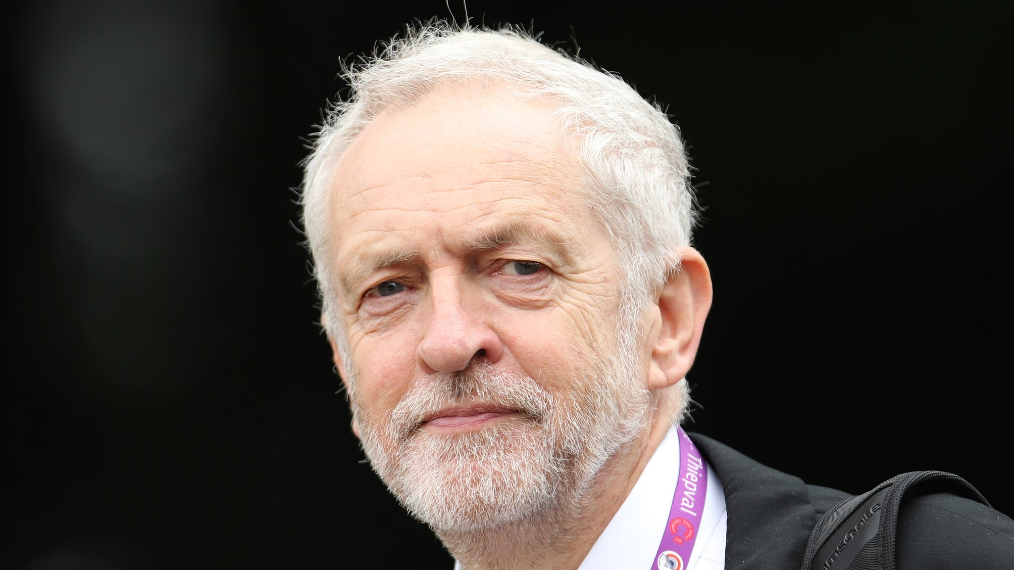 Labour leadership: Shadow cabinet bid to ease Corbyn out