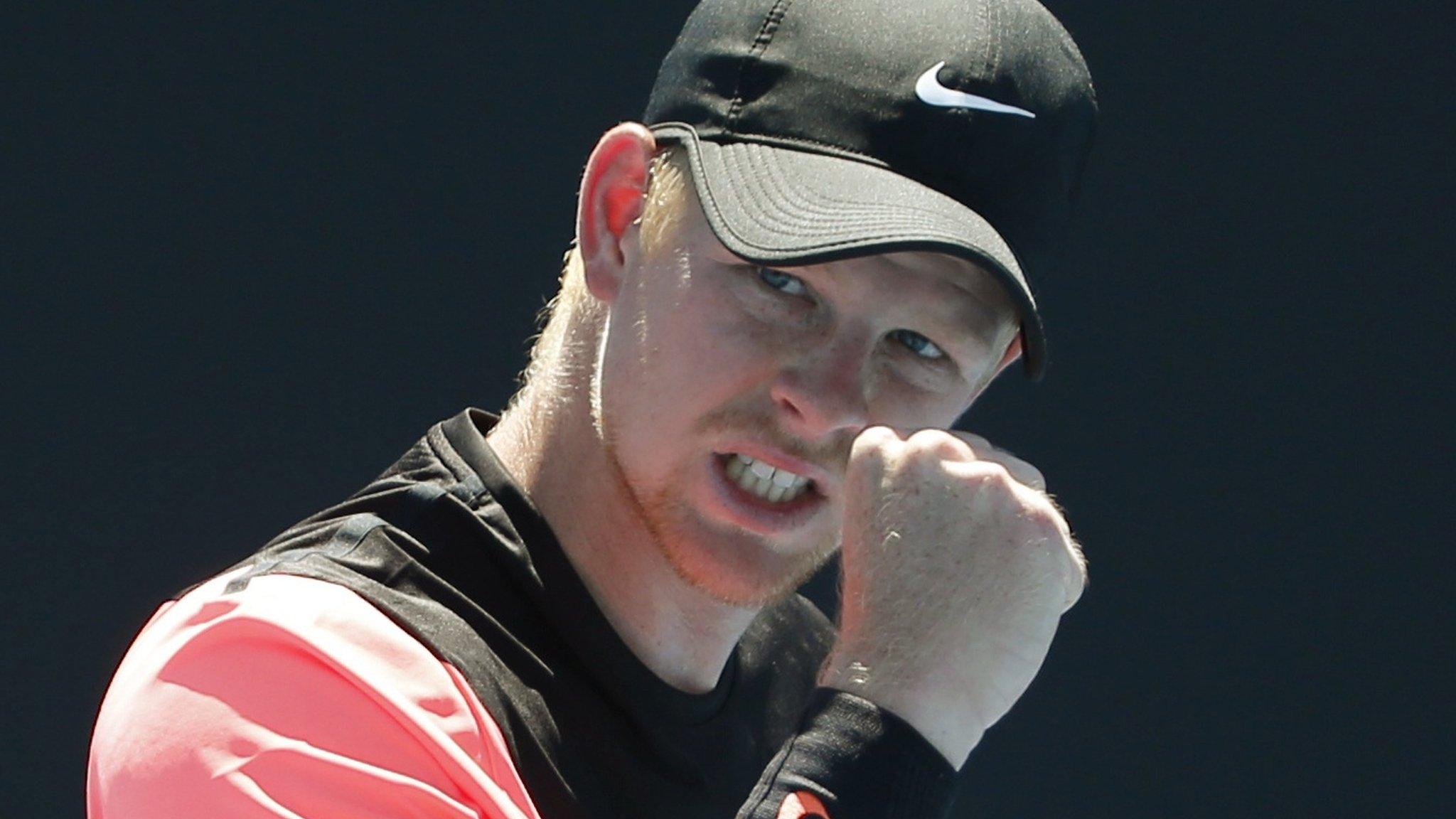 Australian Open 2018: Kyle Edmund beats Denis Isto