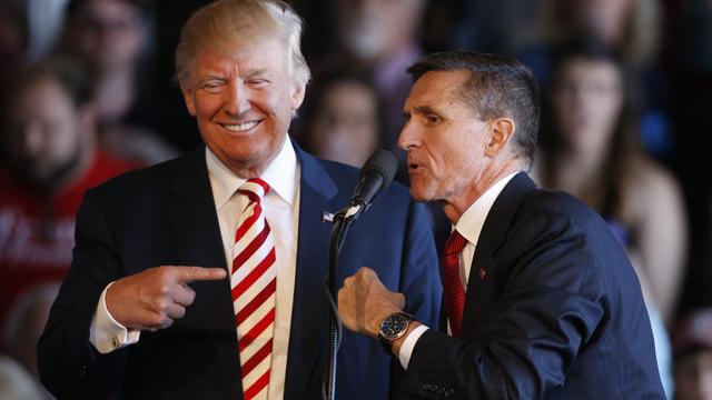 El encubrimiento de sus contactos con Rusia ya le costó el cargo a Michael Flynn.