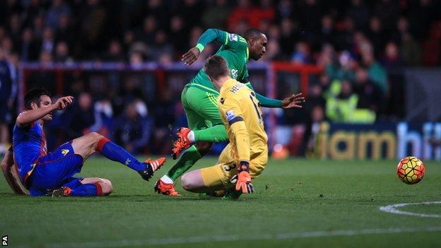 Crystal Palace 0-1 Sunderland...