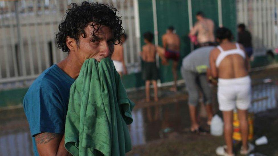 La caravana de migrantes llega a Tijuana, desde donde pedirán asilo a Estados Un ...