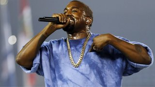 Kanye West apologises to Wiz Khalifa