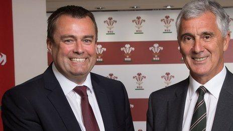 Martyn Phillips and WRU chairman Gareth Davies