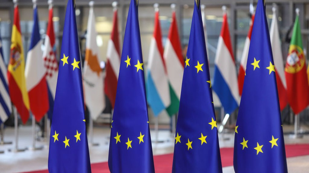 Brexit: Why a long extension worries Europe