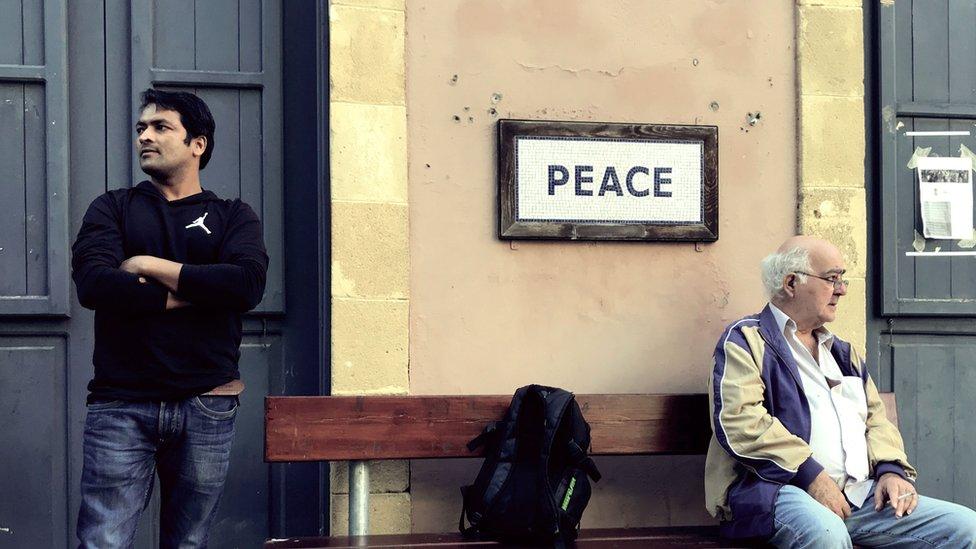 Chipre: cómo es vivir en Nicosia, la última capital dividida del mundo