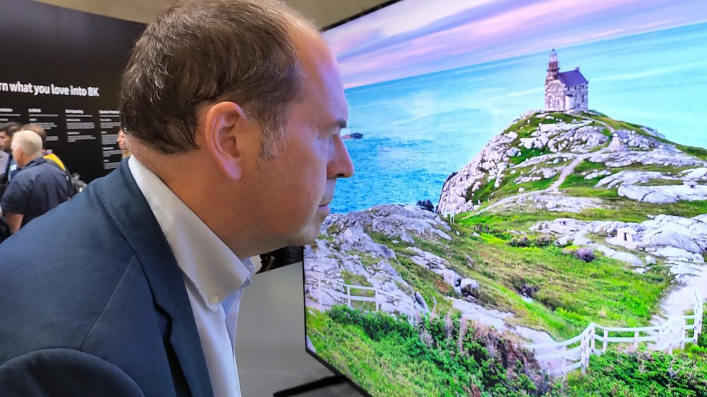 8K TVs unveiled by Samsung and LG at Ifa tech show