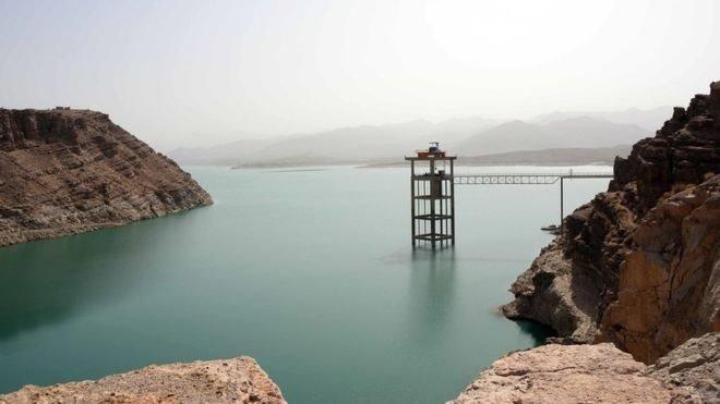 ایران: له افغانستان د اوبو ترلاسولو لپاره ټولې ممکنه وسیلې کاروو