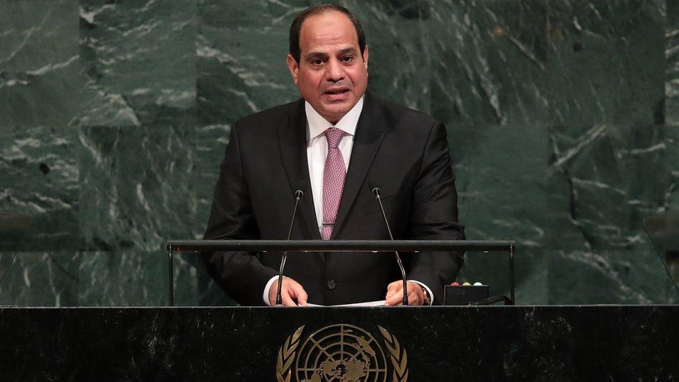 السيسي يدعو الفلسطينيين لتحريك عملية السلام مع إسرائيل