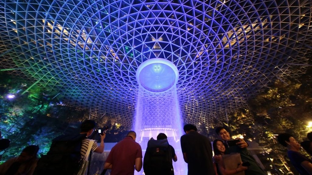 Singapore airport: Tallest indoor waterfall opens