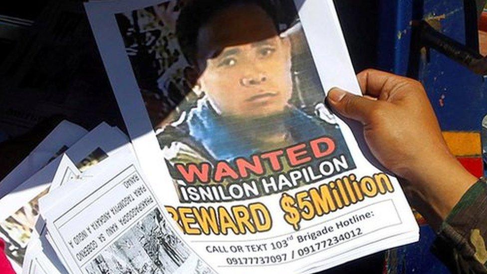 Philippines military 'kills Islamist Isnilon Hapilon'