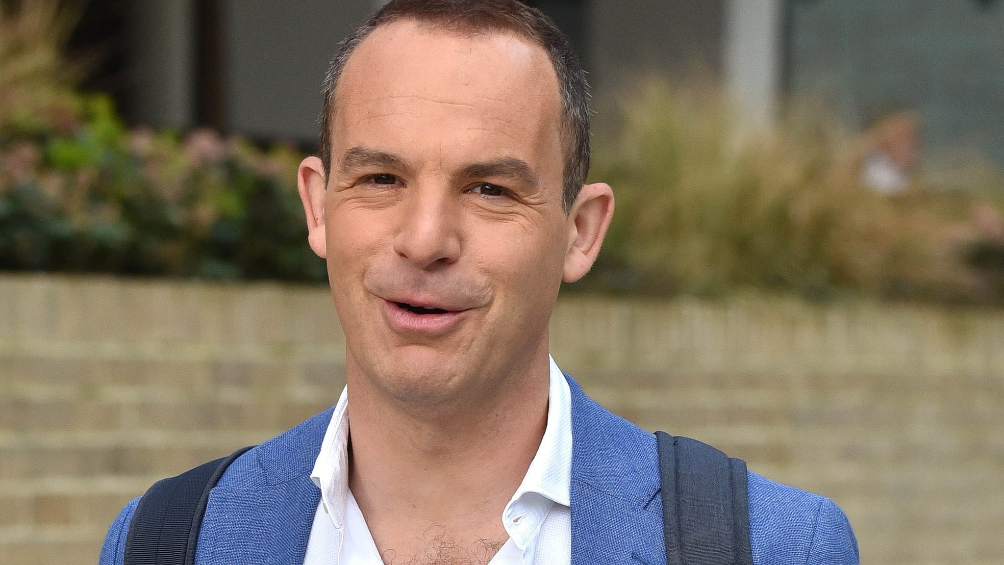 Martin Lewis drops Facebook legal action