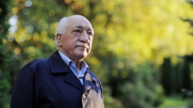 Cancilleres de EEUU y Turquía hablan en medio de disputa diplomática