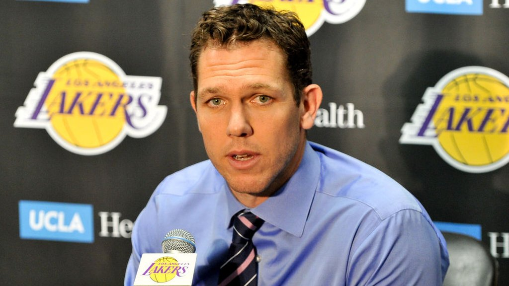 Sacramento Kings coach accused of sexually assaulting reporter