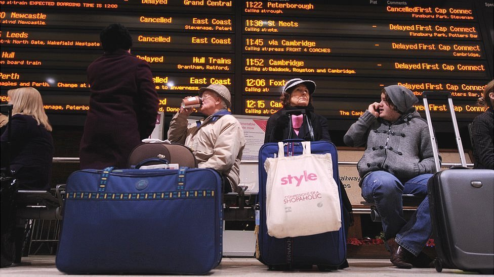 Train delays: Who is responsible for running the railways?