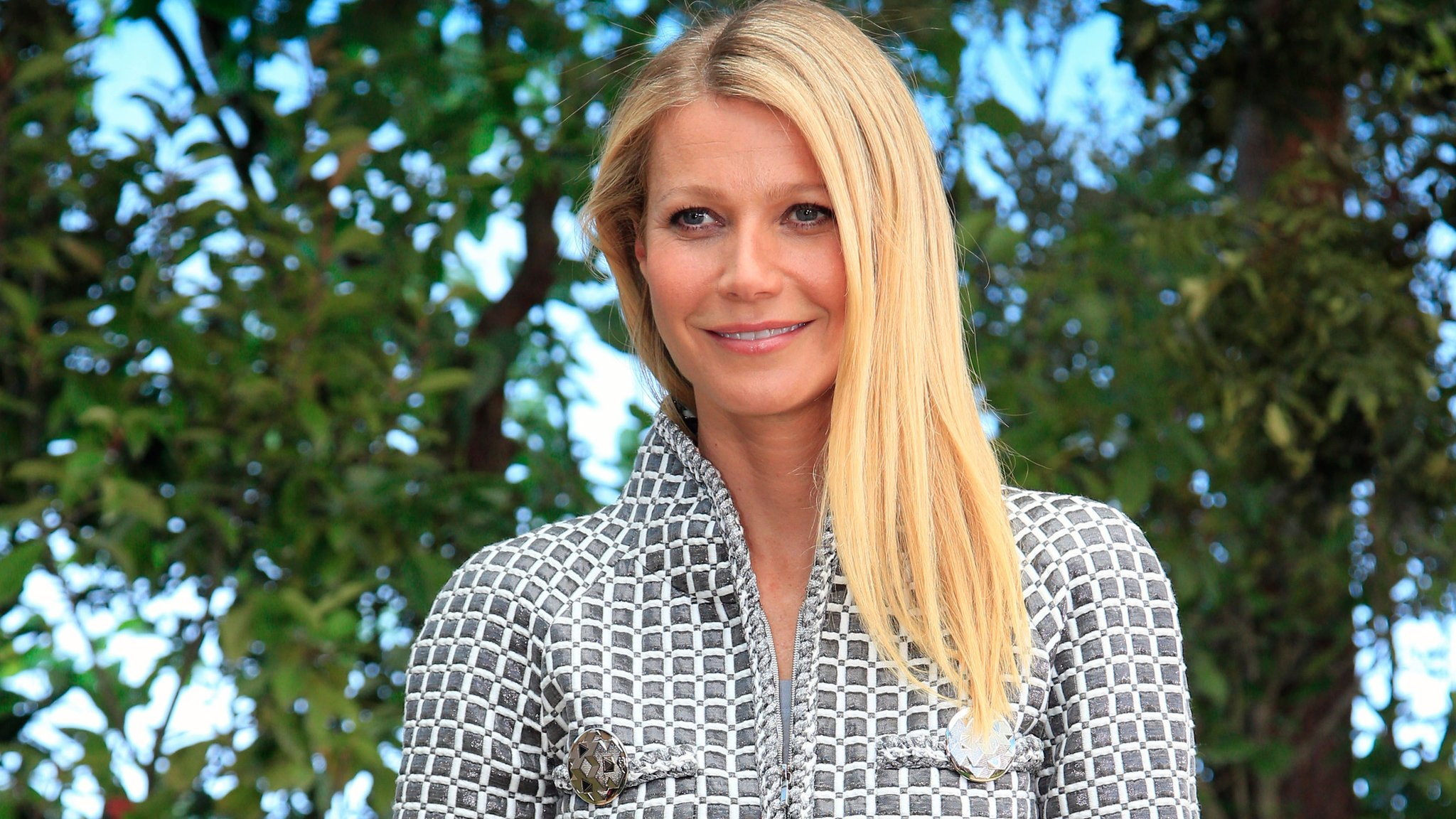 Paltrow takes stand in stalking trial