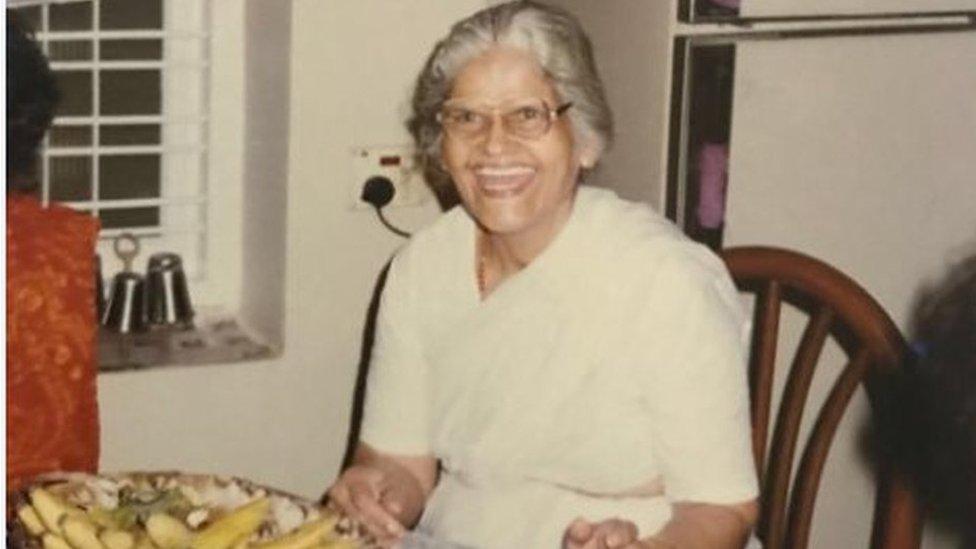 Abuela de Megha Mohan