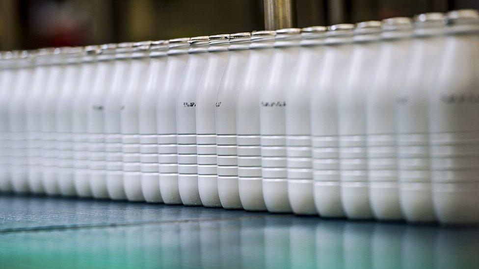 La leche es uno de los productos cuya presentación ha cambiado en países como México y Argentina.