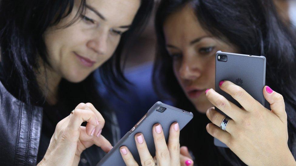 Germany 'considers ban on Huawei' amid global backlash