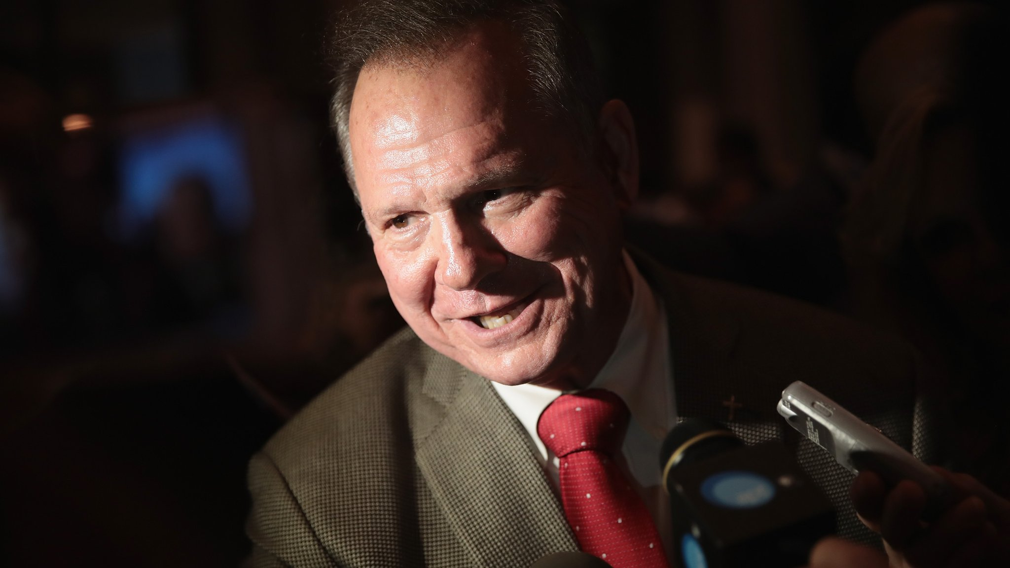Roy Moore: How Alabamians are defending the accused judge
