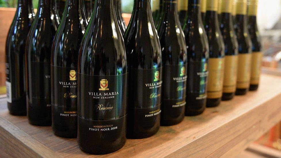 Botellas de Villa María.