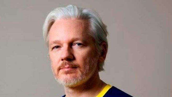 Ecuador leader calls Julian Assange an 'inherited