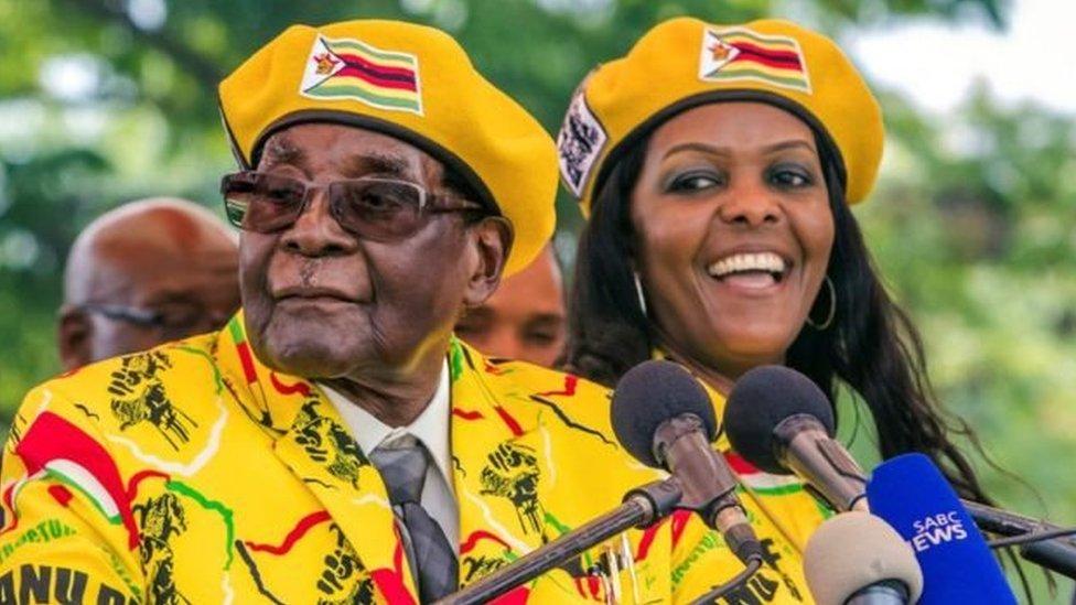 ينظر إلى زوجة موغابي بأنها المرشحة الأكثر حظاً لخلافة زوجها