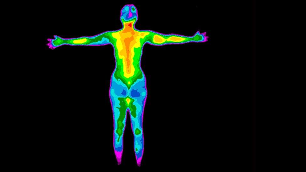 Fotografía infrarroja de mujer