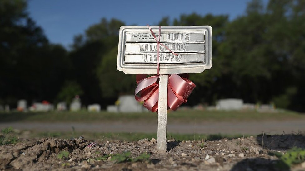 Texas county struggles with migrant deaths