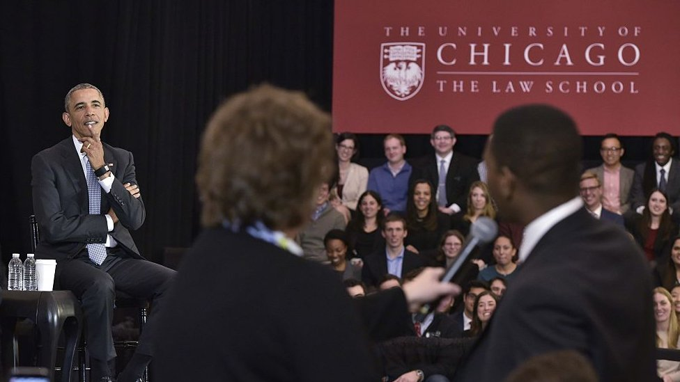 Expresidente Obama en la Universidad de Chicago