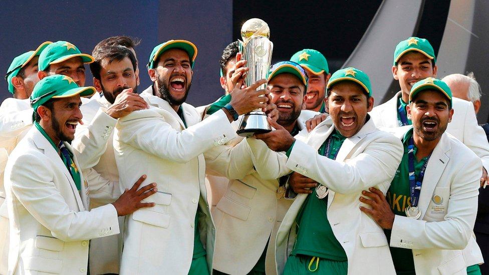 'پاکستان کرکٹ میری زندگی میں واپس آنے کا شکریہ'
