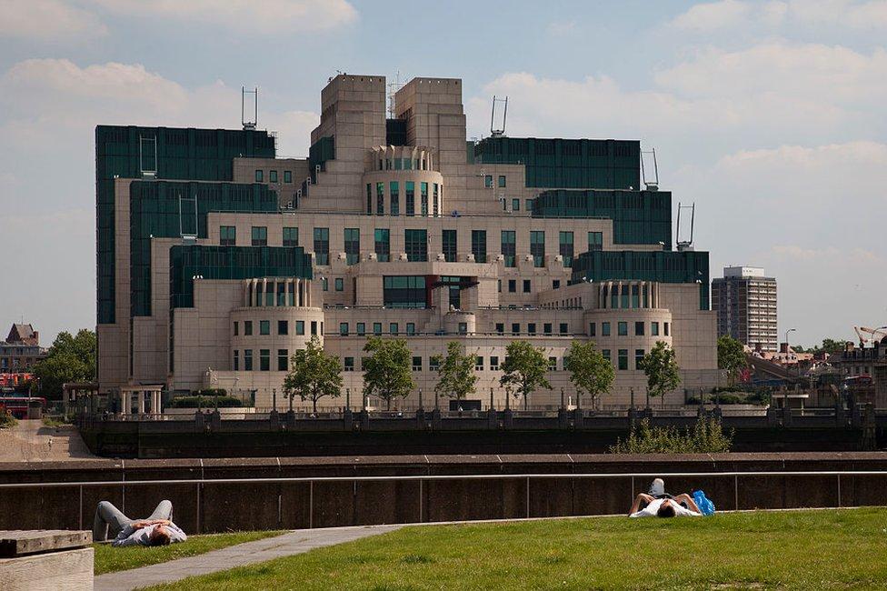 Sede en Londres del Mi6, el servicio de inteligencia británico.