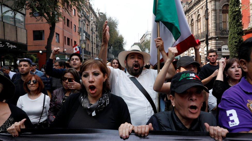"""AMLO: """"chairos"""" contra """"derechairos"""", el clasismo de los mex ..."""