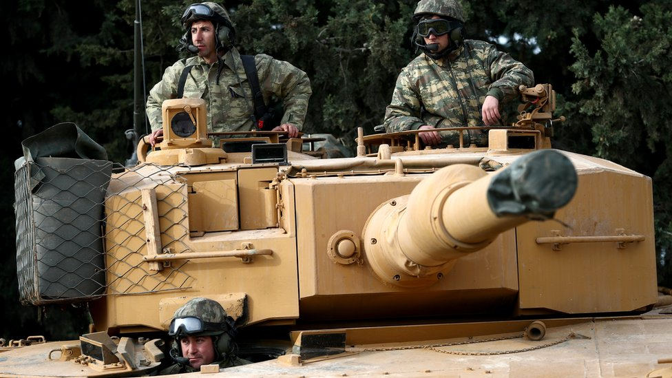 قوات برية تركية تدخل إلى منطقة عفرين شمالي سوريا