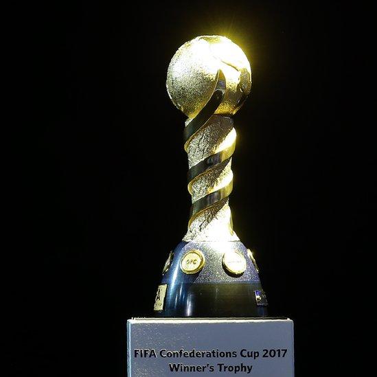 Sin Rafa Márquez y con 11 'europeos' va el Tri vs. Portugal