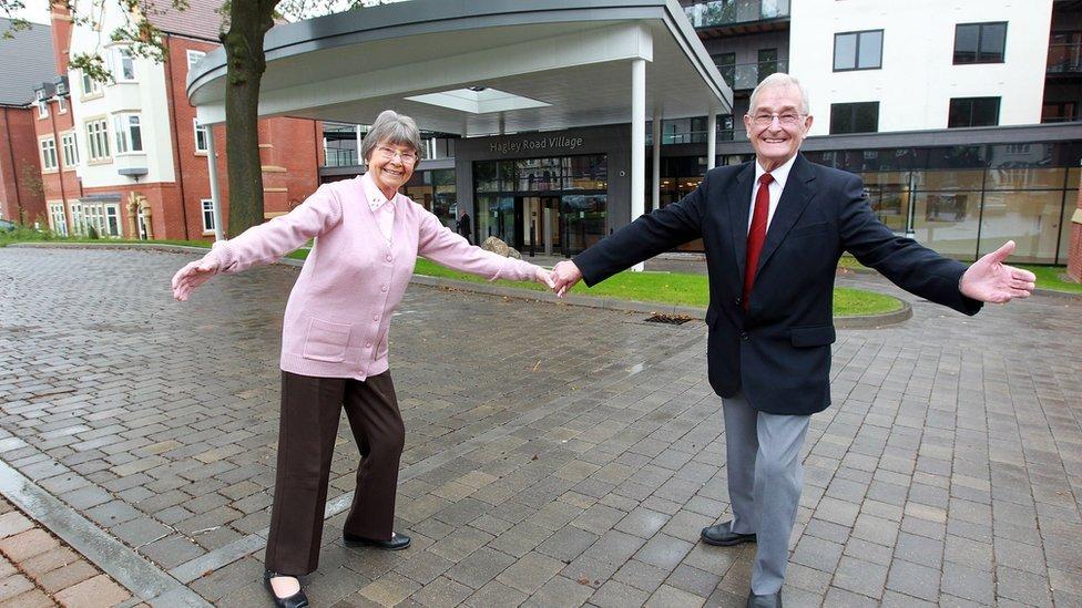 Two residents of Hagley Road village, Birmingham