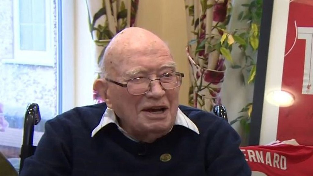Liverpool fan celebrates 104th birthday with Klopp invite