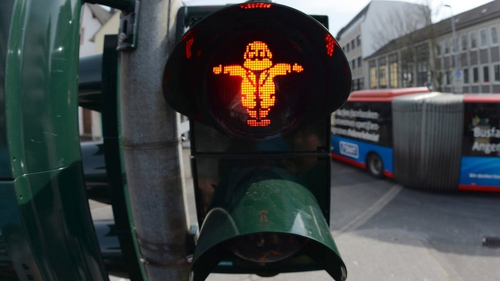German city installs Karl Marx traffic lights