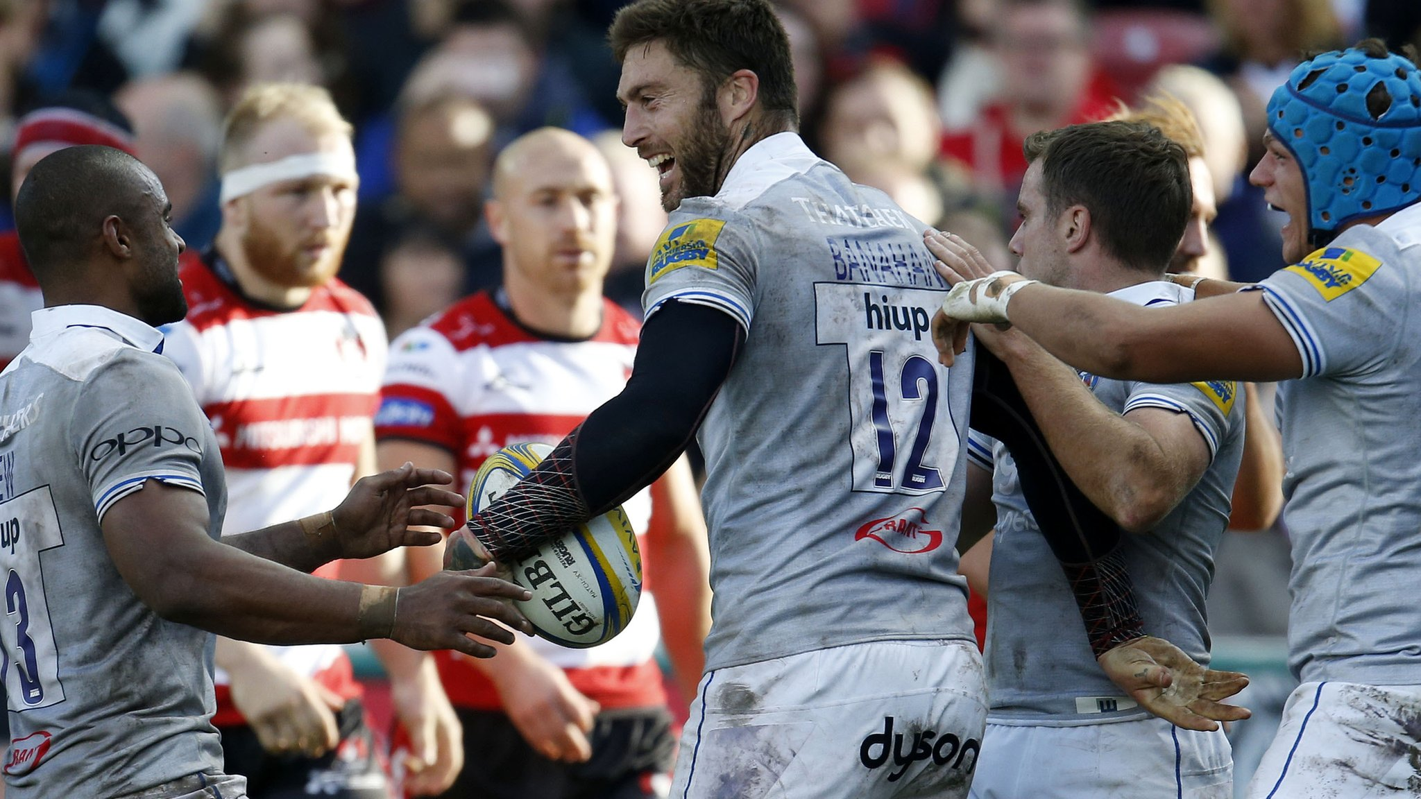 Late tries give Bath victory over Gloucester in derby