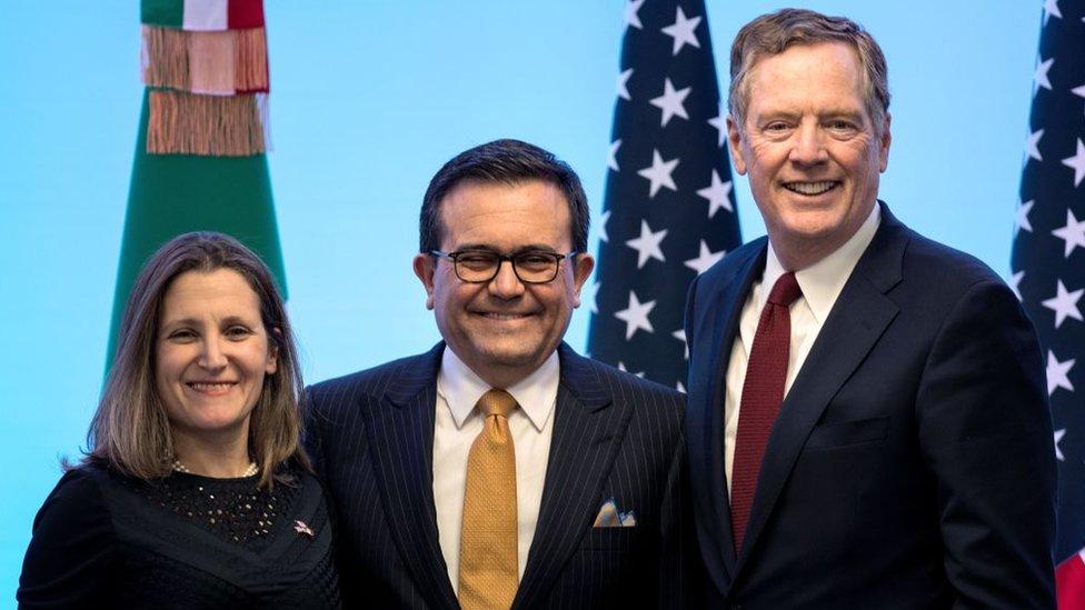 Los representantes de Canadá, México y Estados Unidos están renegociando las bases del Tratado de Libre Comercio de América del Norte.