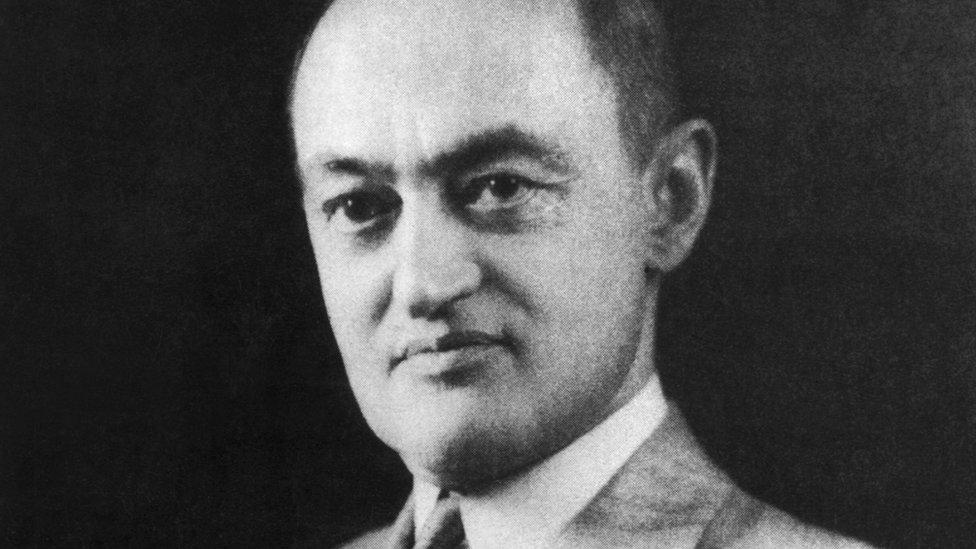 Joseph Schumpeter El Hombre Que Predijo El Fin Del Capitalismo Y Que Es Clave Para Entender La Economía De Hoy Bbc News Mundo