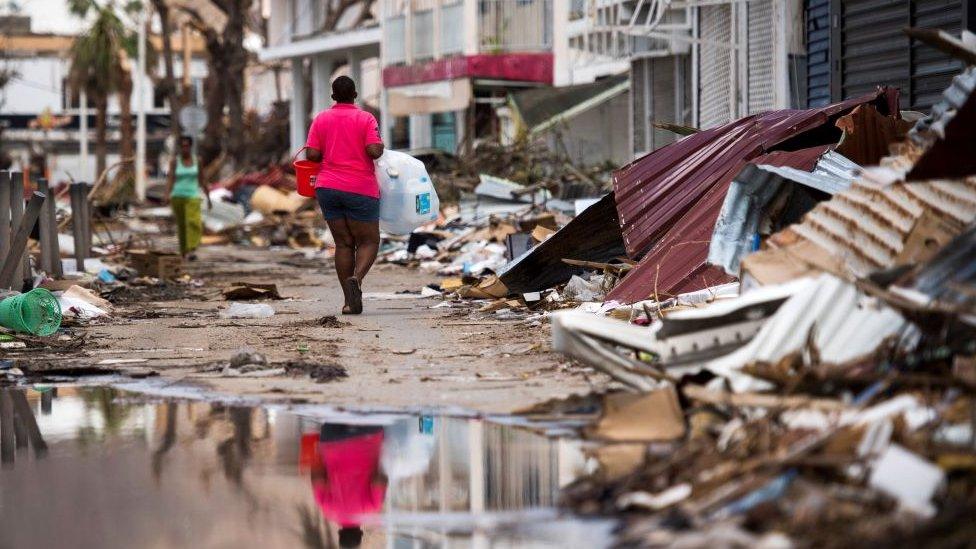 El huracán arrasó San Martín, isla compartida por Francia y Holanda.