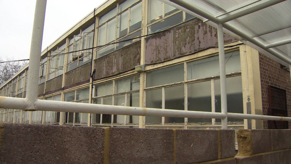 School building repairs 'to cost £6.7bn', report estimates